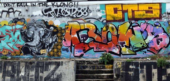 baba-ganesh-street-art-bangkok